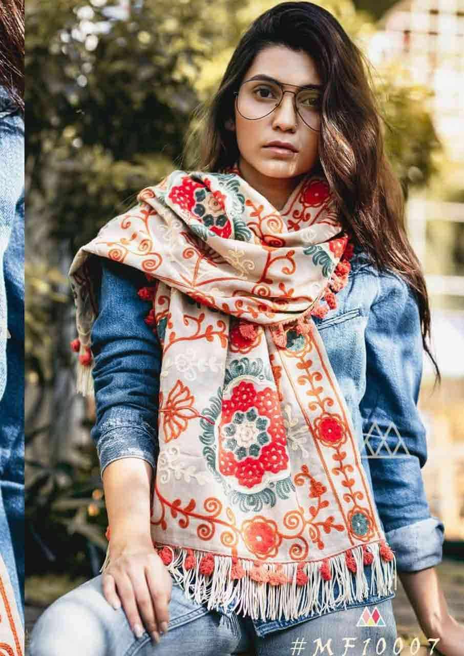 Mufflers Stoles Wholesale Designer Dupatta Set